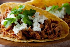Tacos-con-carne-de-cerdo