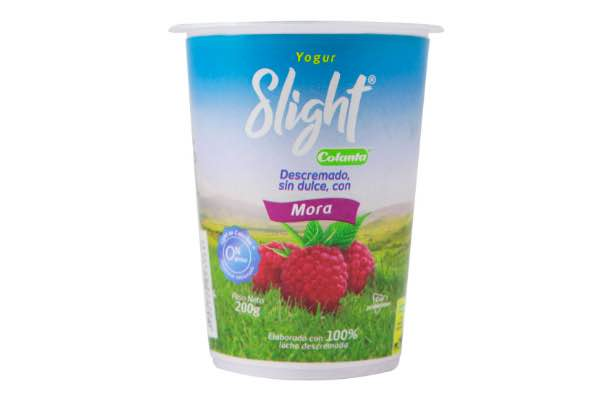 yogur descremado colanta